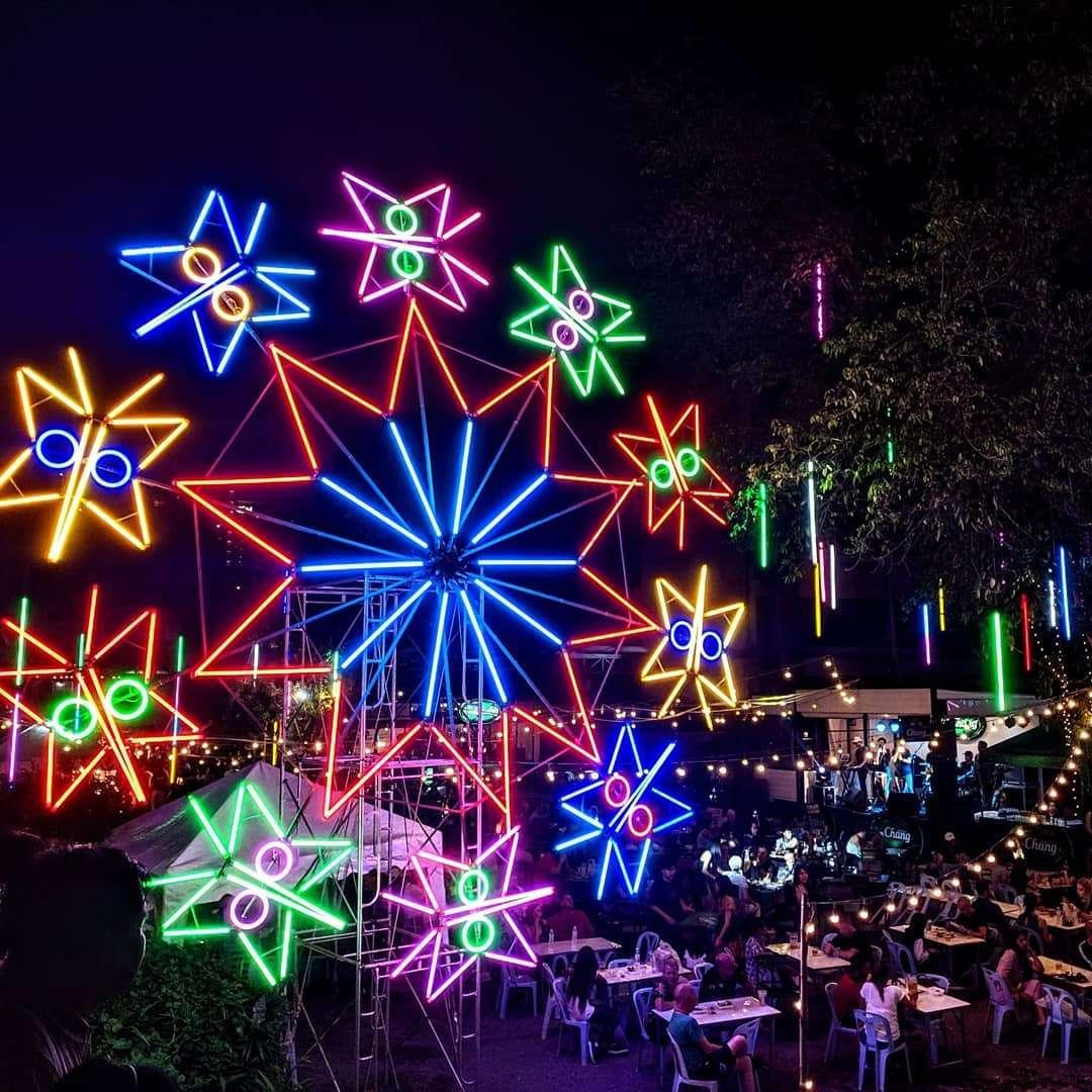 Lichtcaroussel tidens het Yee Peng Festival 2019