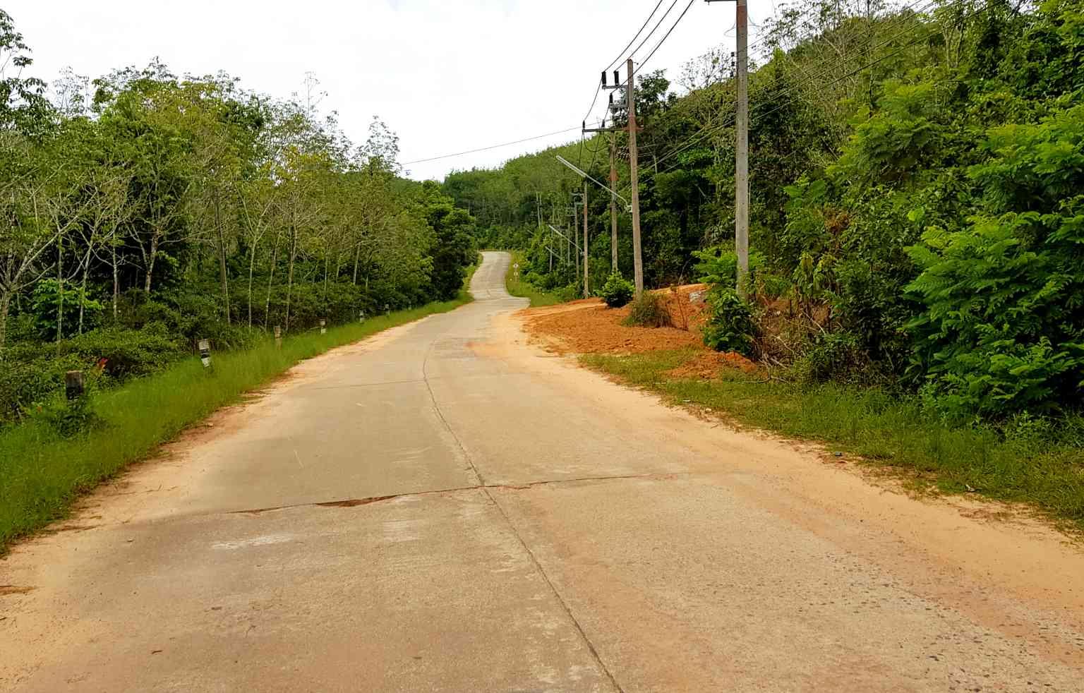 Koh Yao Yai, verlaten weg op het eiland