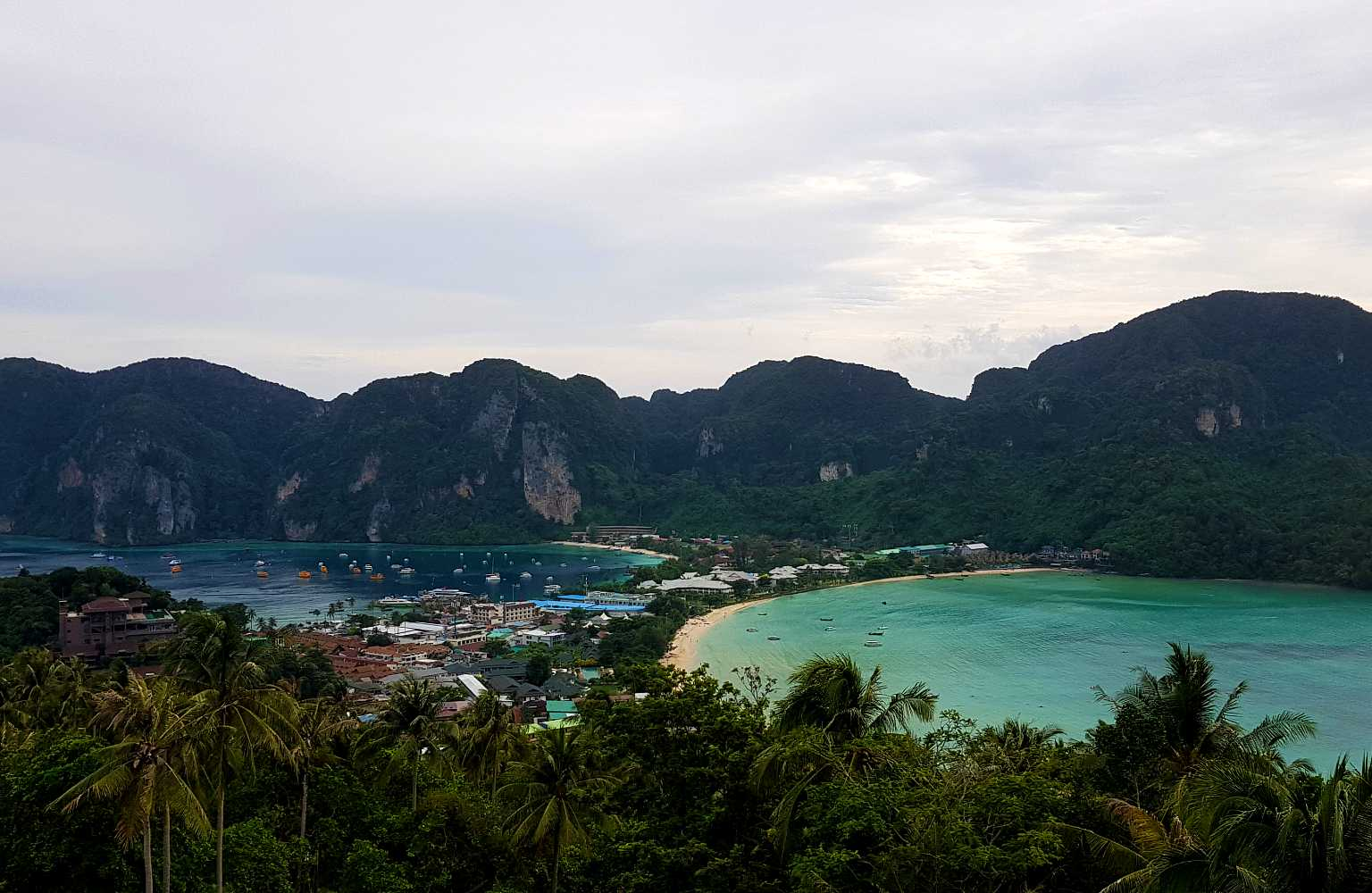 Viewpoint 3 uitzicht over Koh Phi Phi
