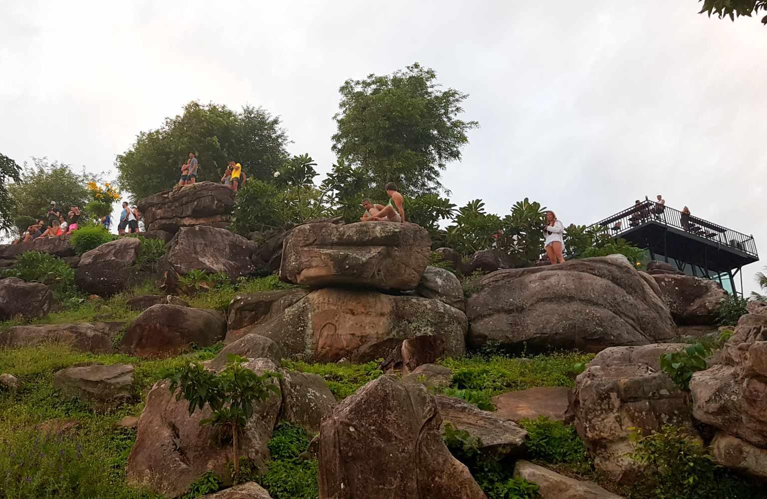 Rotsen bij het viewpoint van Koh Phi Phi
