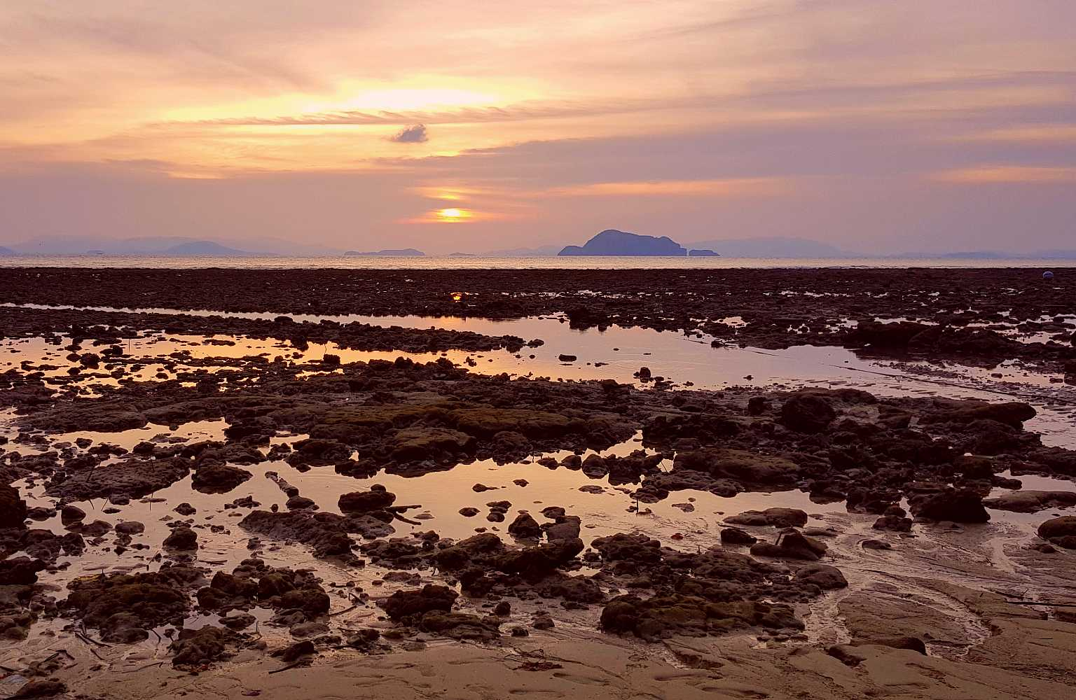 KoH Yao Yai, beach at low tide with withdrawn sea