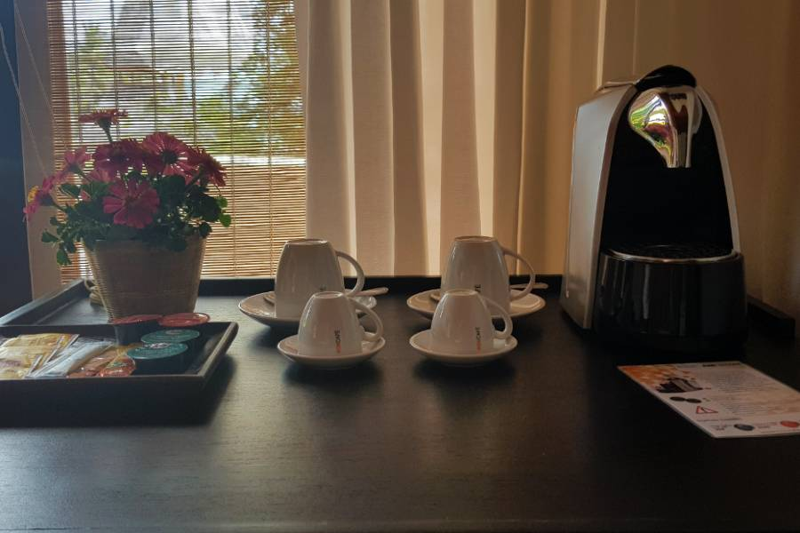 segafredo zanetti coffee machine including some coffee cups in the glow elixir resort