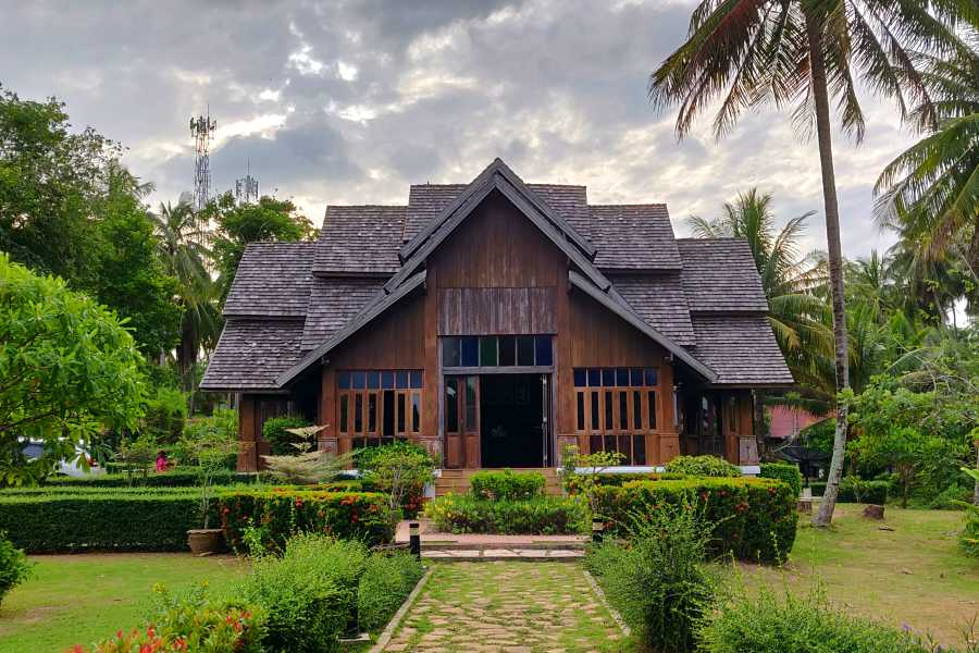 The reception building of GLOW Elixir Koh Yao Yai Resort