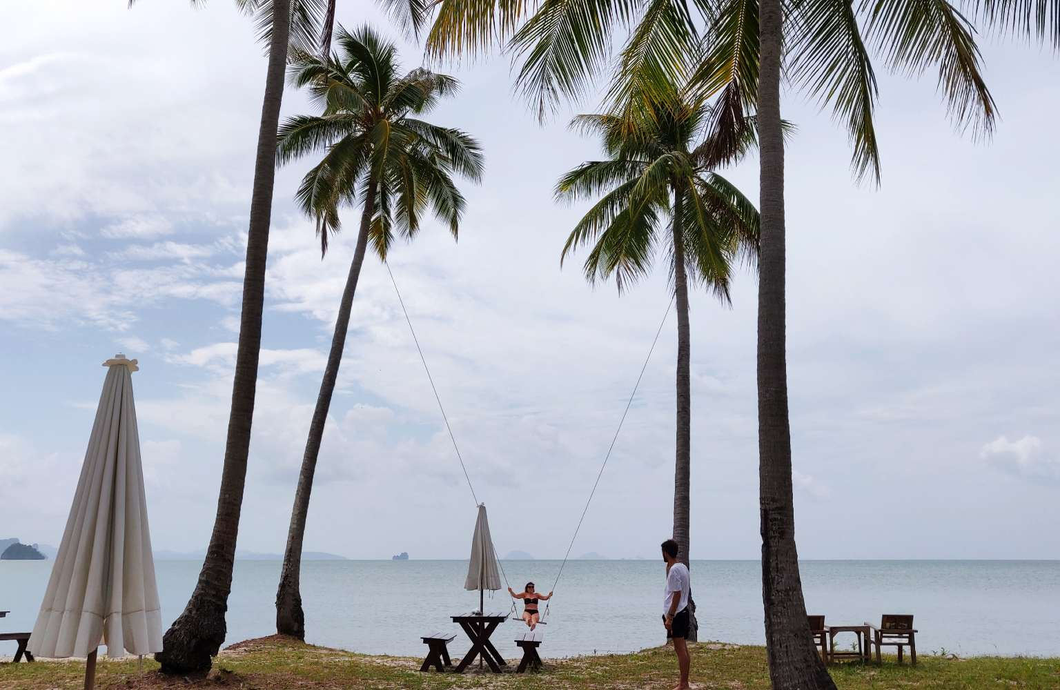 Koh Yao Yai, swing on the beach