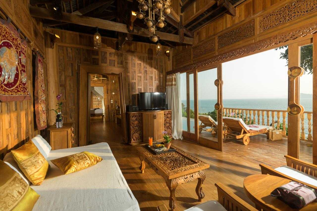 The super large family room with private pool of the Santhiya Resort