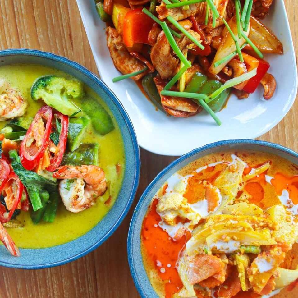 Curries bij Unni's Restaurant op Koh Phi Phi