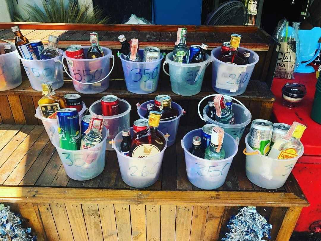 Buckets met drank