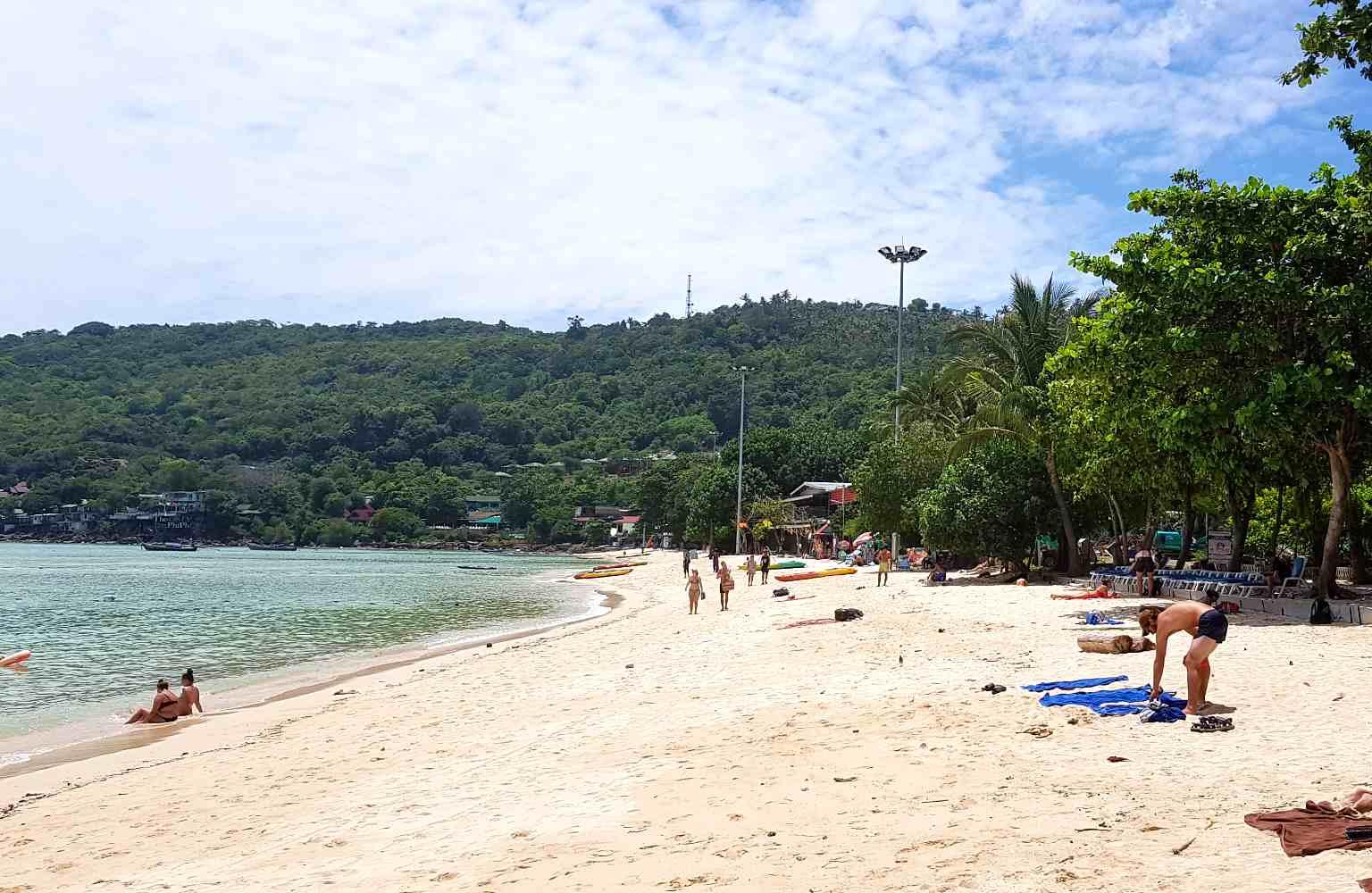 Loh Dalum Bay Phi Phi