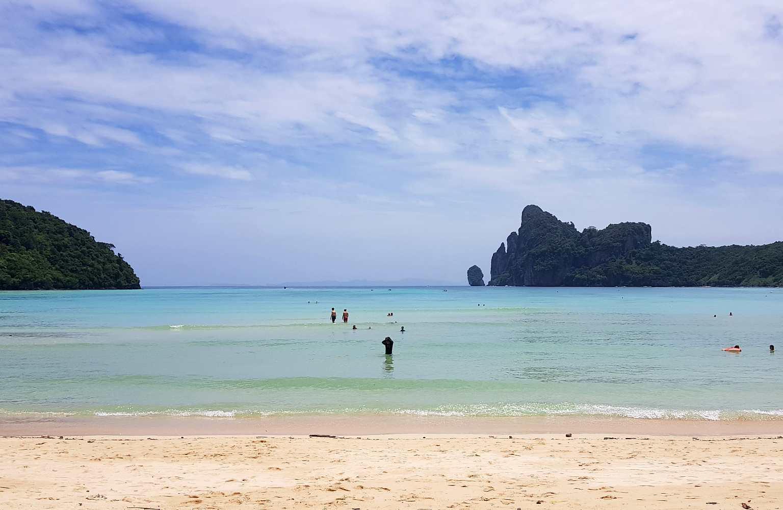 Loh Dalum Beach, wit strand Koh phi Phi