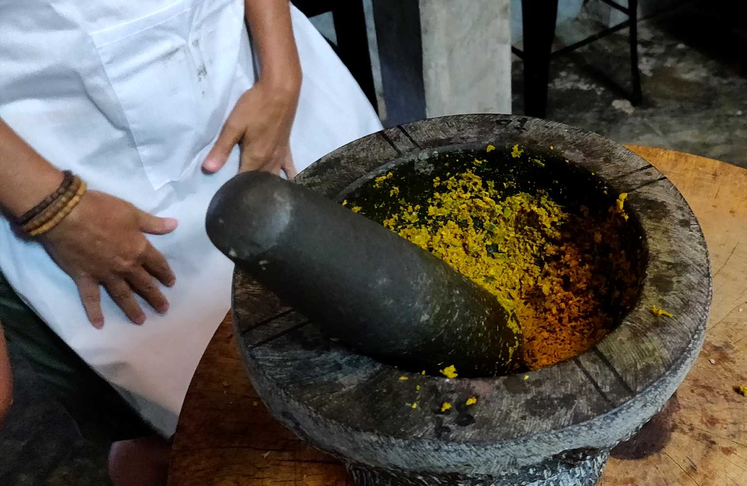 Curry in mortar, Thai cooking class