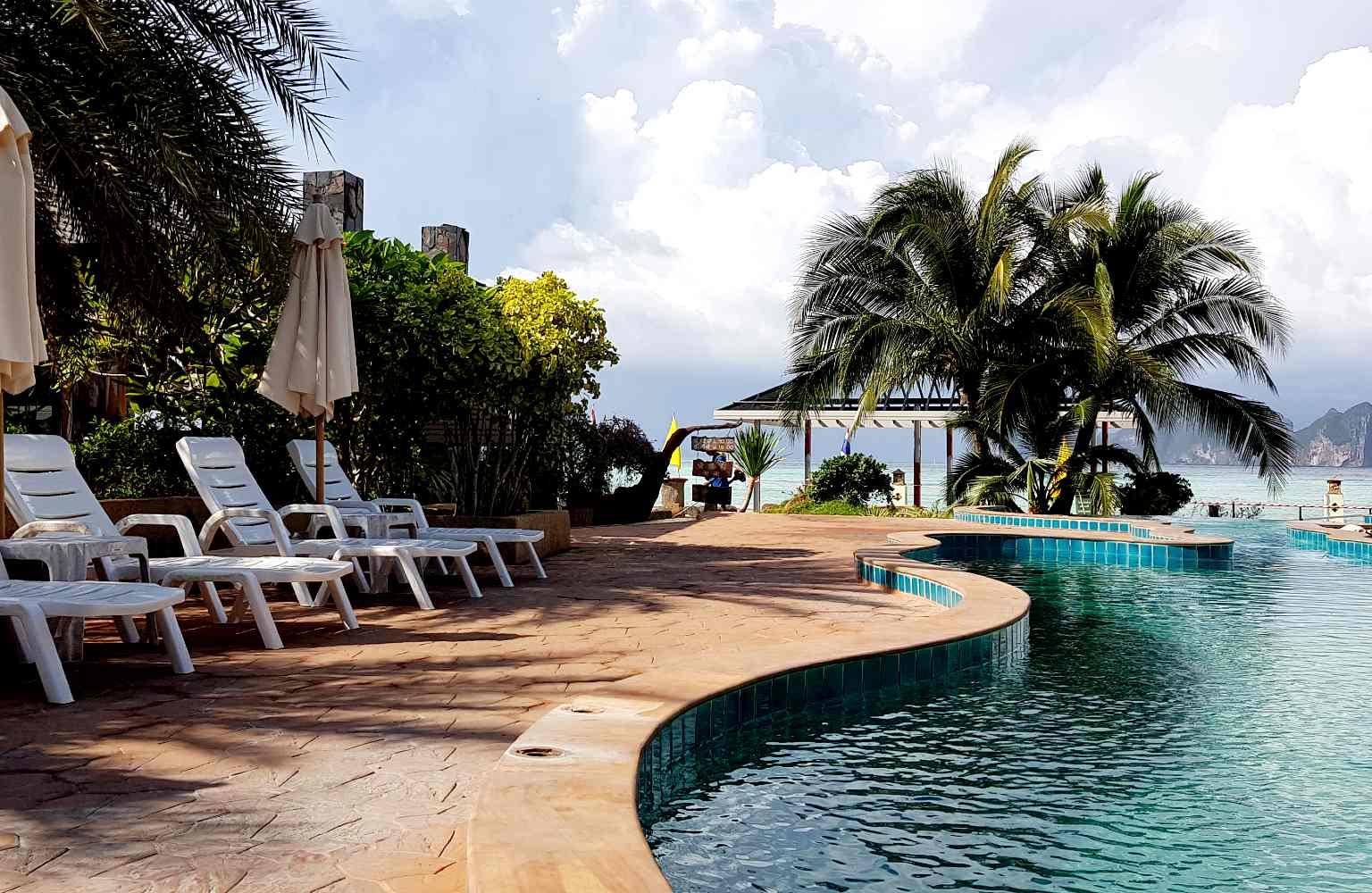 Zwembad U rip Resort Koh Phi Phi