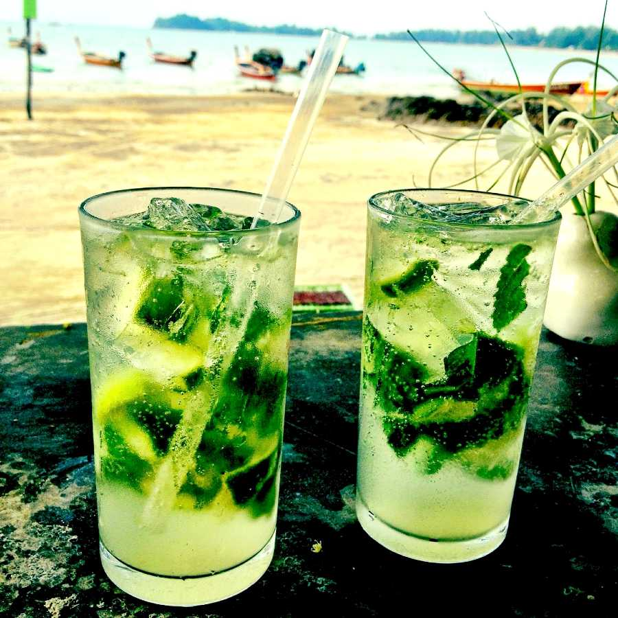 Mojito cocktail, learning to make and drink at the beach