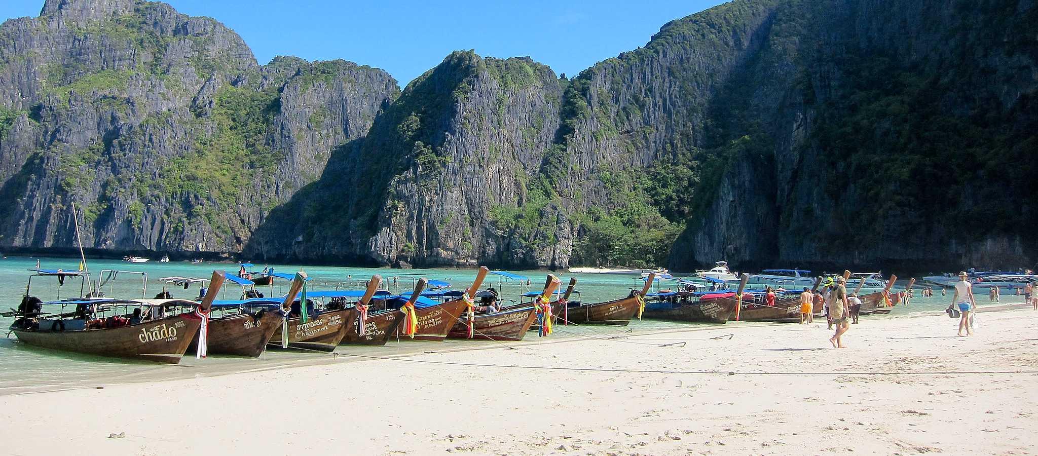 Maya Bay, strand en longtailboten