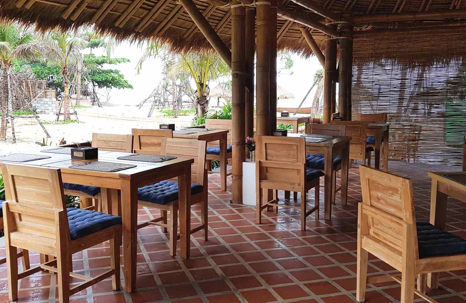 Inside the restaurant Casa De Playa of Lanta Casa Blanca