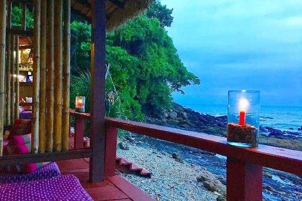 Private cabin on the beach with cushions at Reggae Bar Crown Lanta