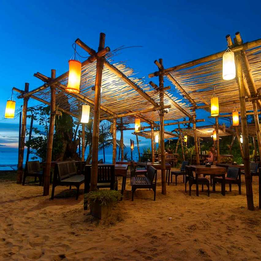 Hotel and restaurant on Bamboo Beach, Koh lanta