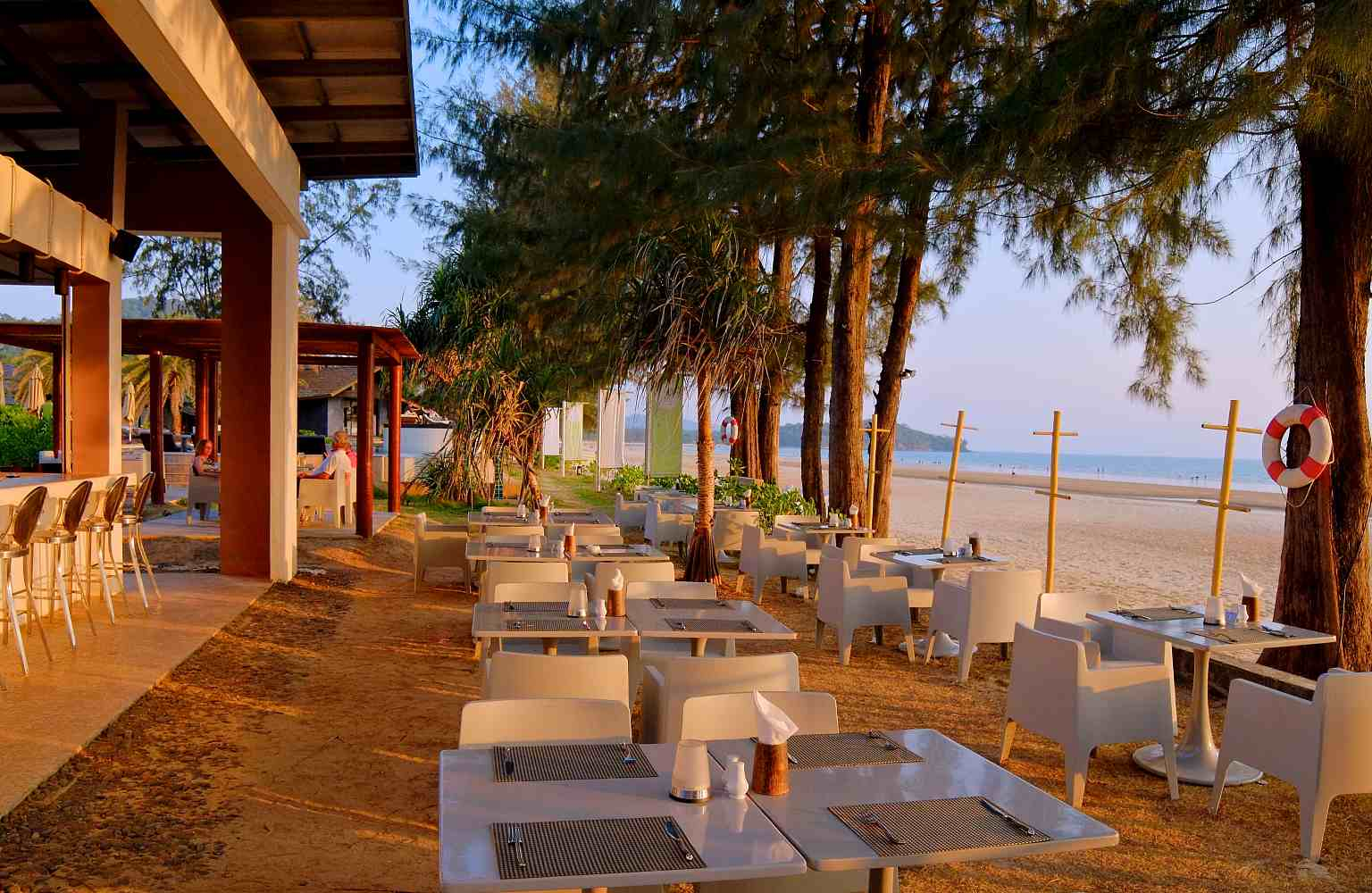 Hotel aan het strand Koh Lanta, Twin Lotus Resort