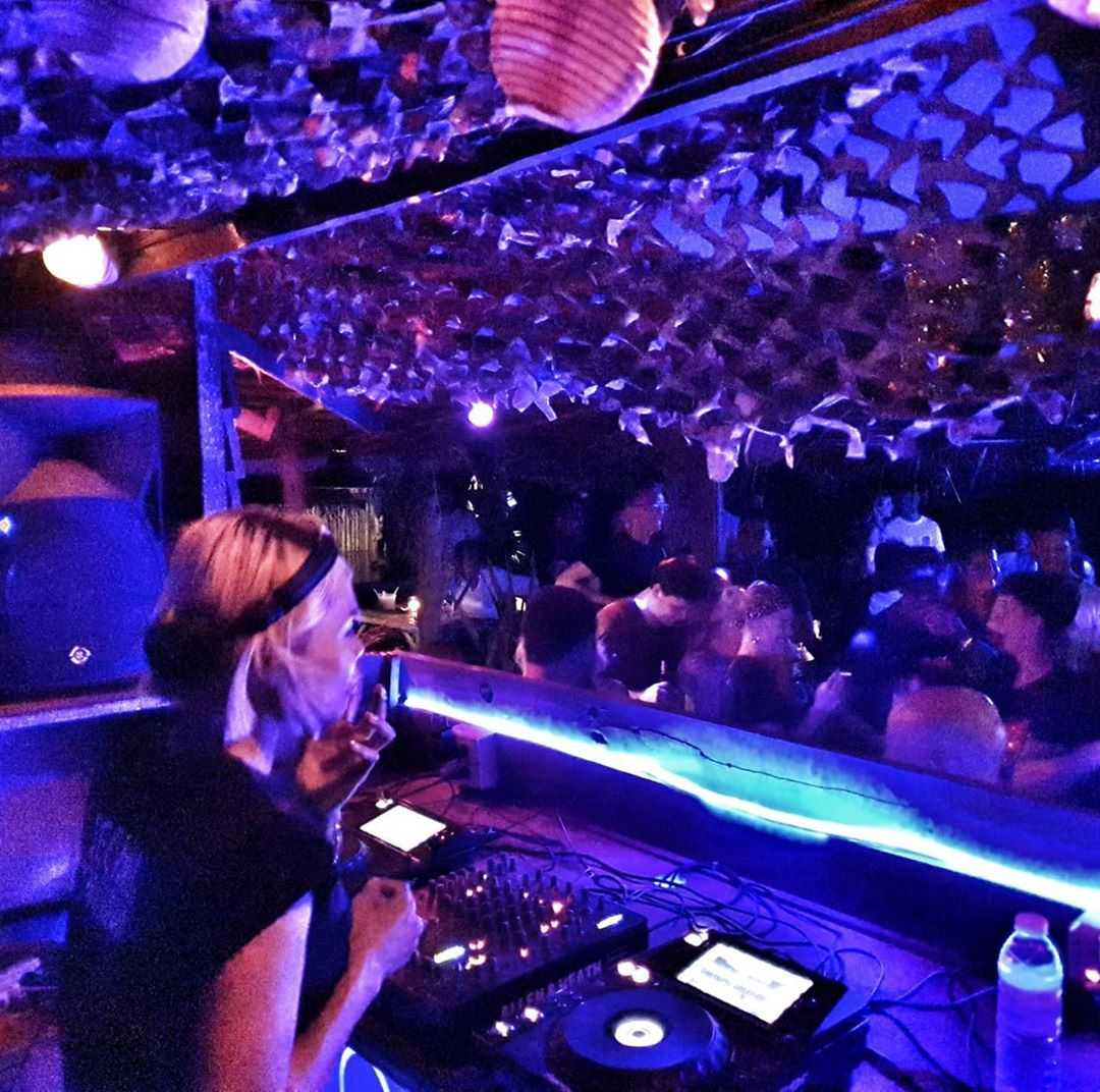 Pangea Beach Bar Koh Lanta Techno DJ