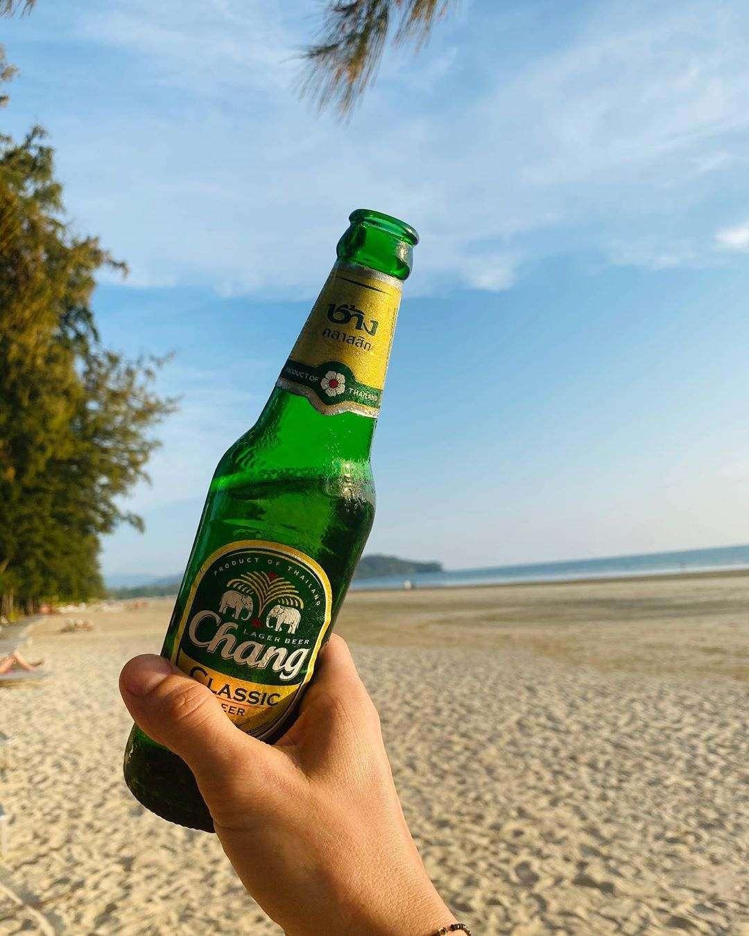 Chang biertje op Koh Lanta, Thailand
