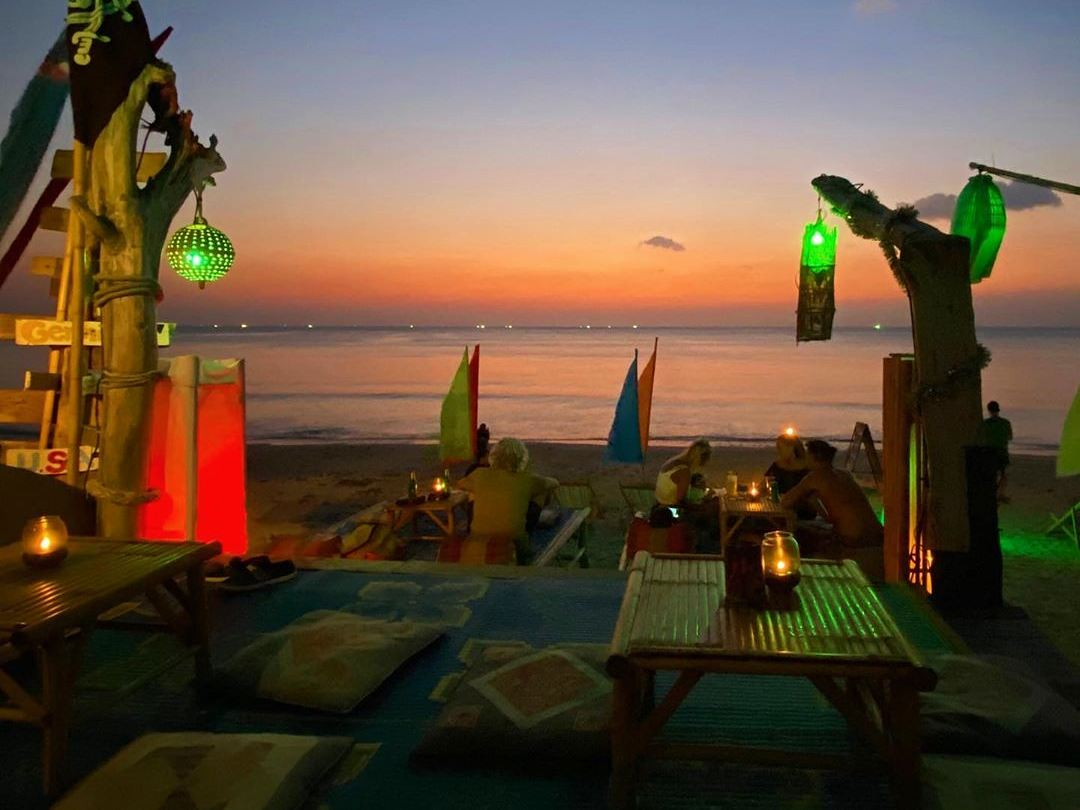 Fin's Stoned Bar aan Klong Khong Beach van Koh Lanta