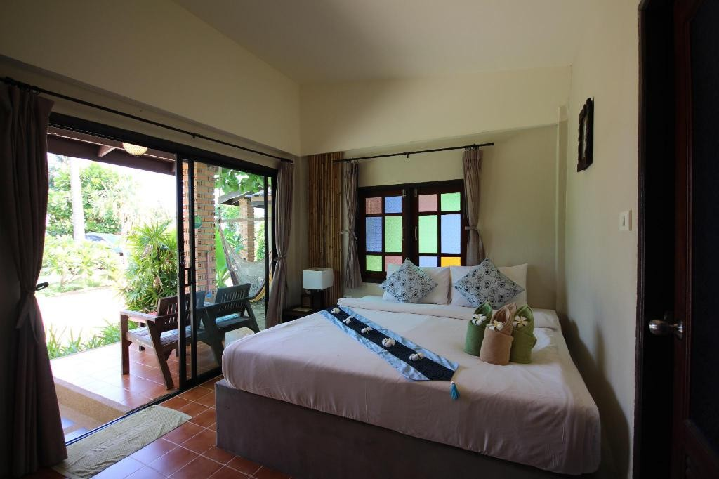 Bedroom of the Coco Lanta Eco Resort, Best mid-range hotels on Koh Lanta