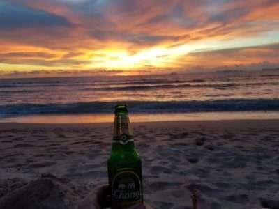 Biertje Op Het Strand Van Koh Lanta
