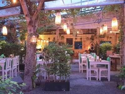 De Tuin En Restaurant Van Yang Garden Op Koh Lanta, Een Van De Beste Restaurants Op Koh Lanta!