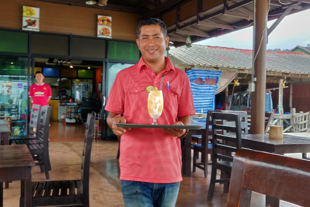 The Mango-Kokos Shake is brought to Rareview Coffee & Restaurant on Koh Lanta, one of the best restaurants on koh lanta!