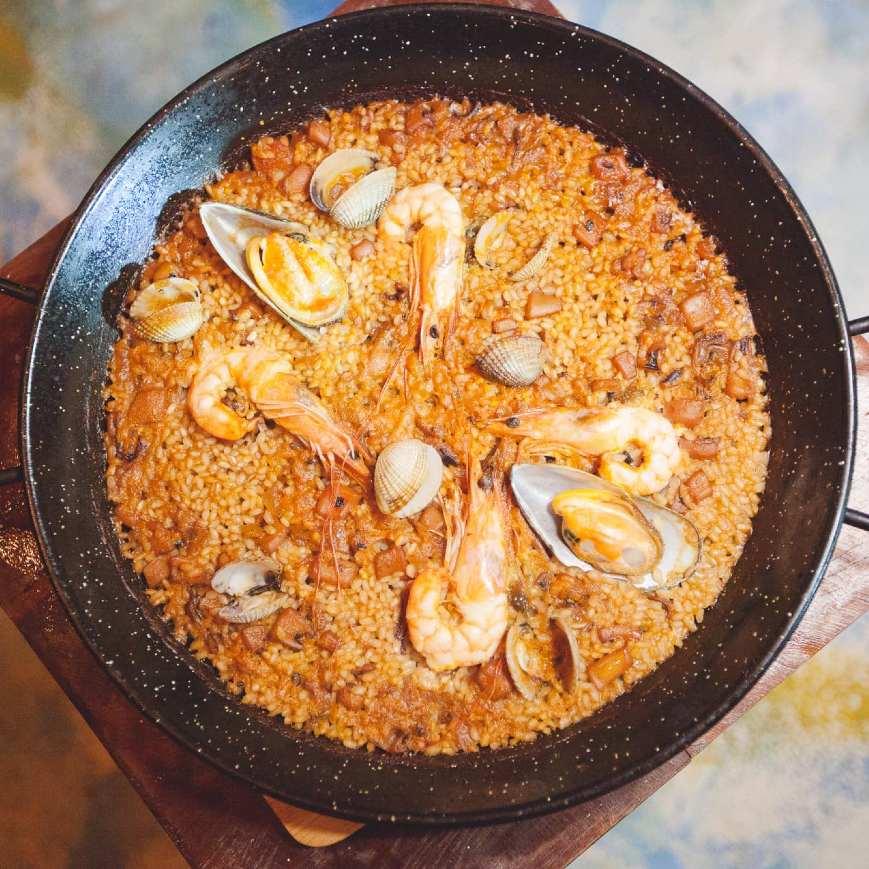 Pan Paella bij Resaka Lanta, één van de beste restaurants in de buurt van Long Beach op Koh Lanta