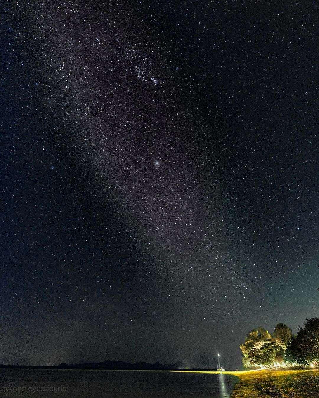 Starry sky seen from Koh Kradan in Thailand