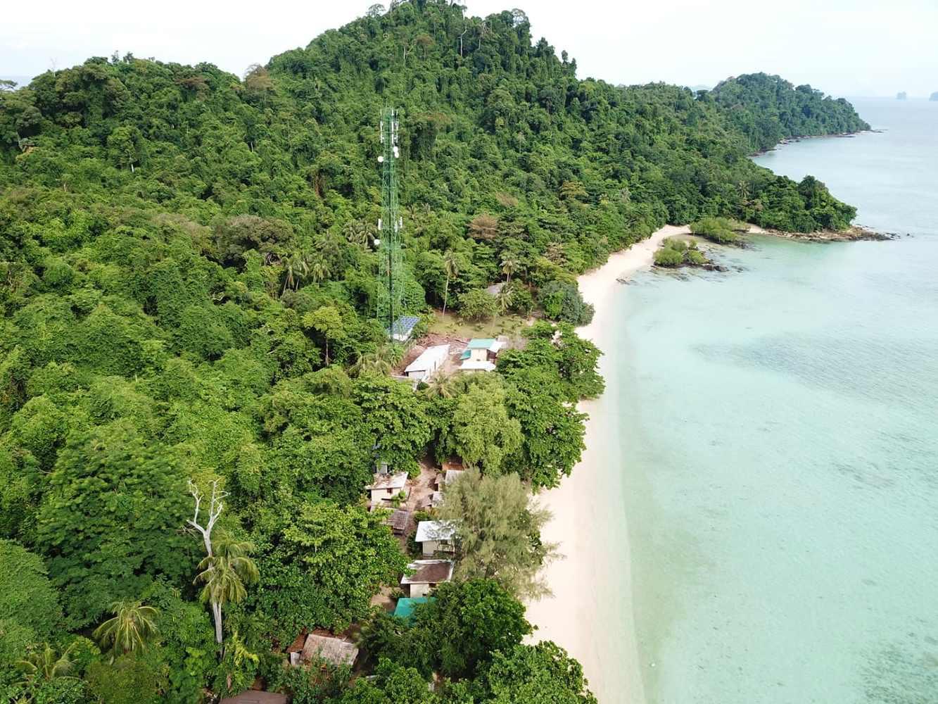 Koh Kradan's 3G mast seen with a drone