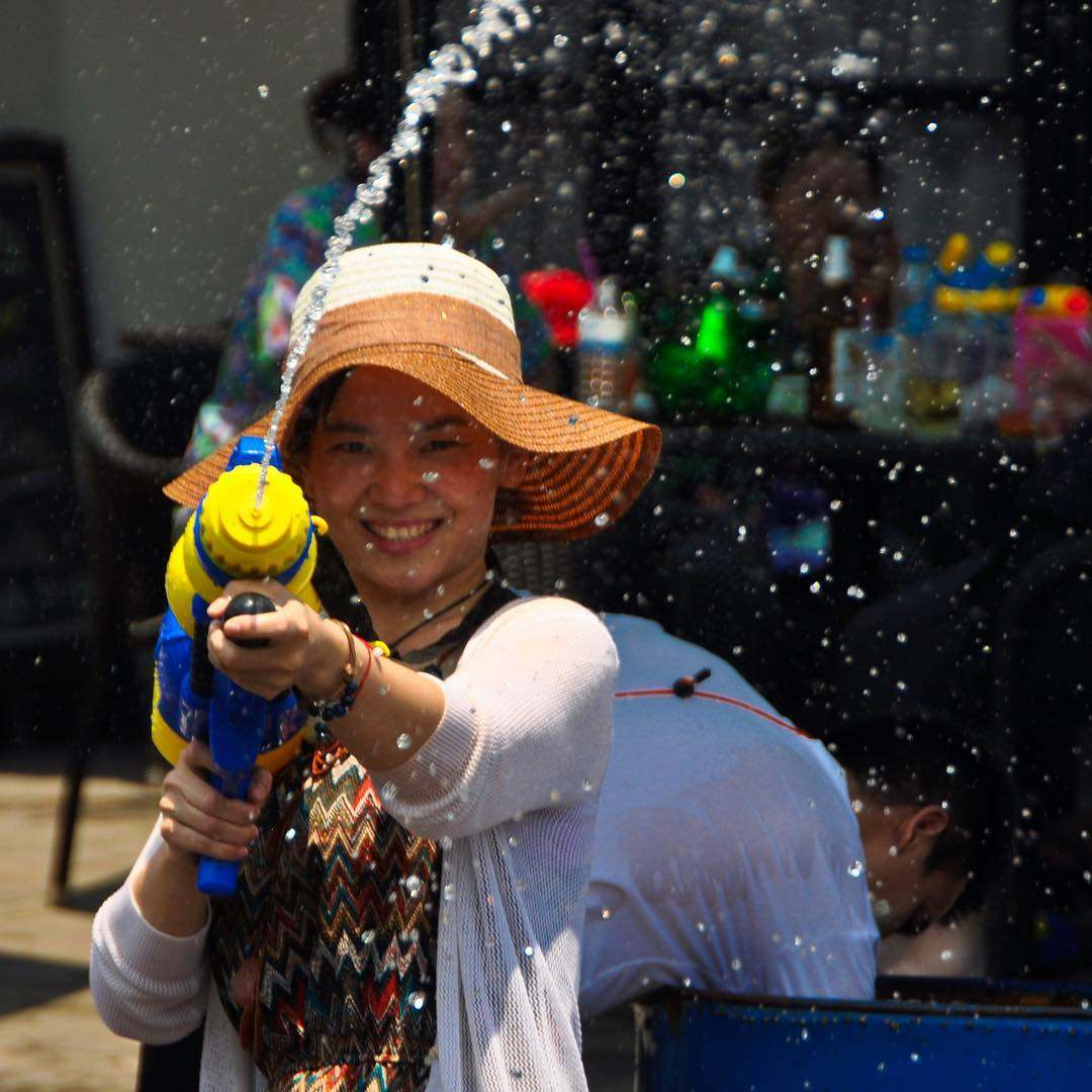 Attack with water gun on Songkran