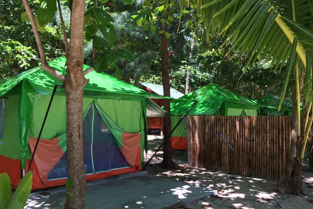 Slapen in een tent op Koh Ngai eiland