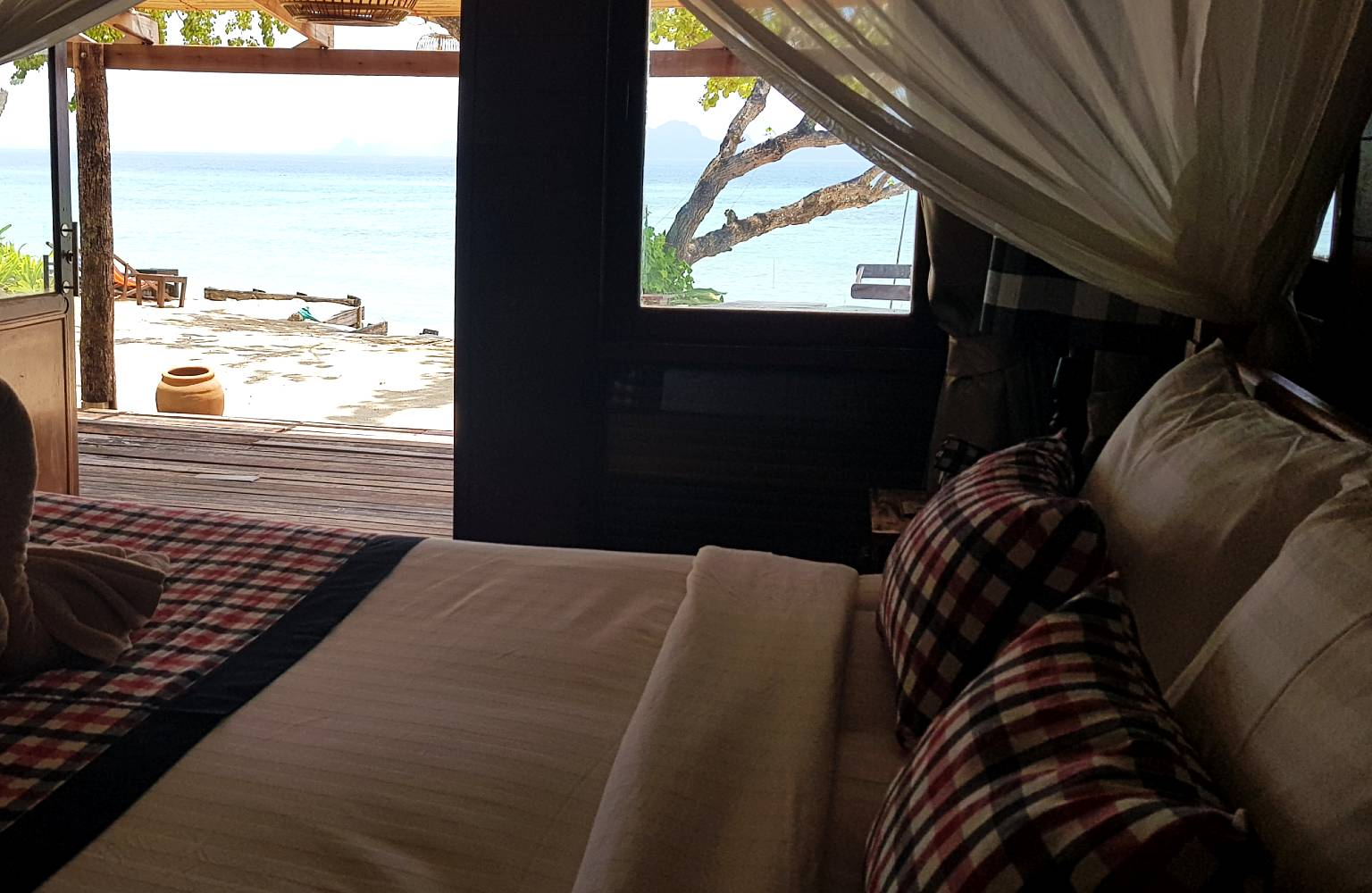 View of the beach and sea from the bungalow at Thapwarin Resort in Koh Ngai
