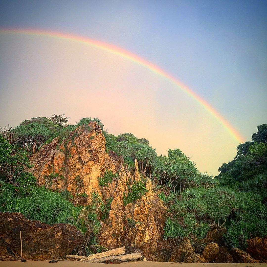 Regenboog boven Koh Kradan