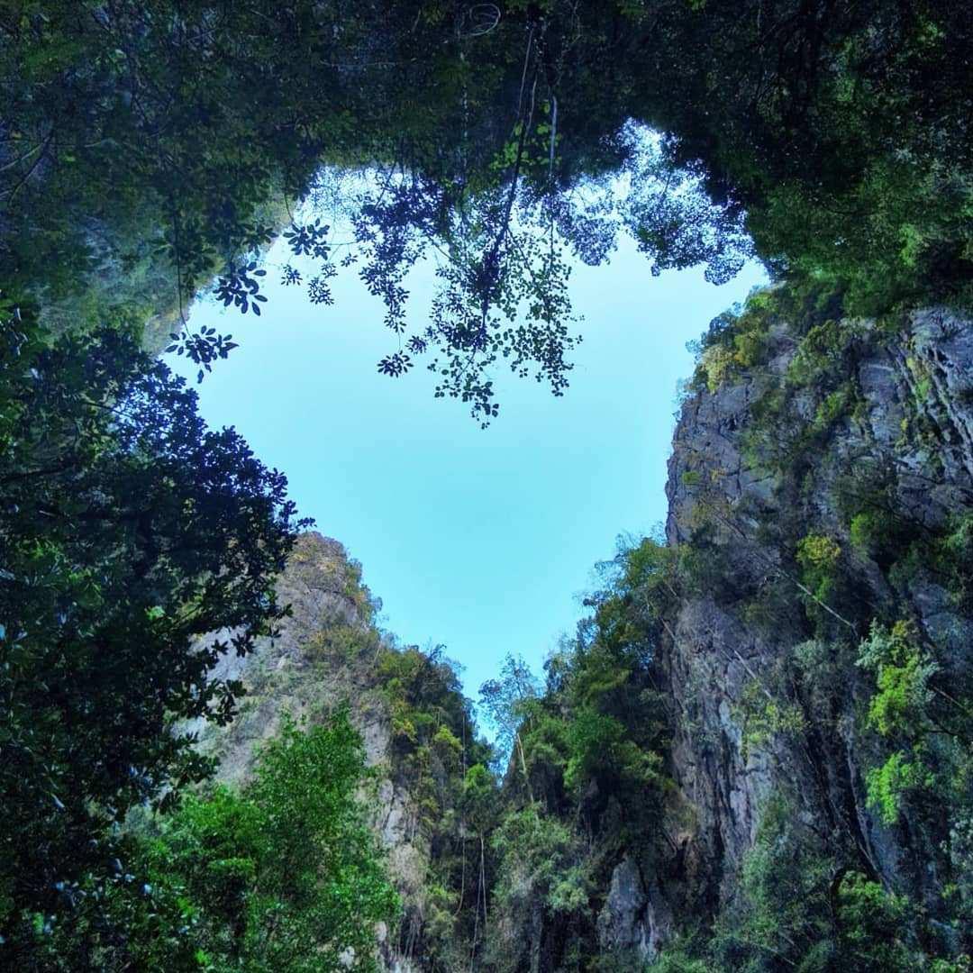 De Emerald Cave van Koh Mook