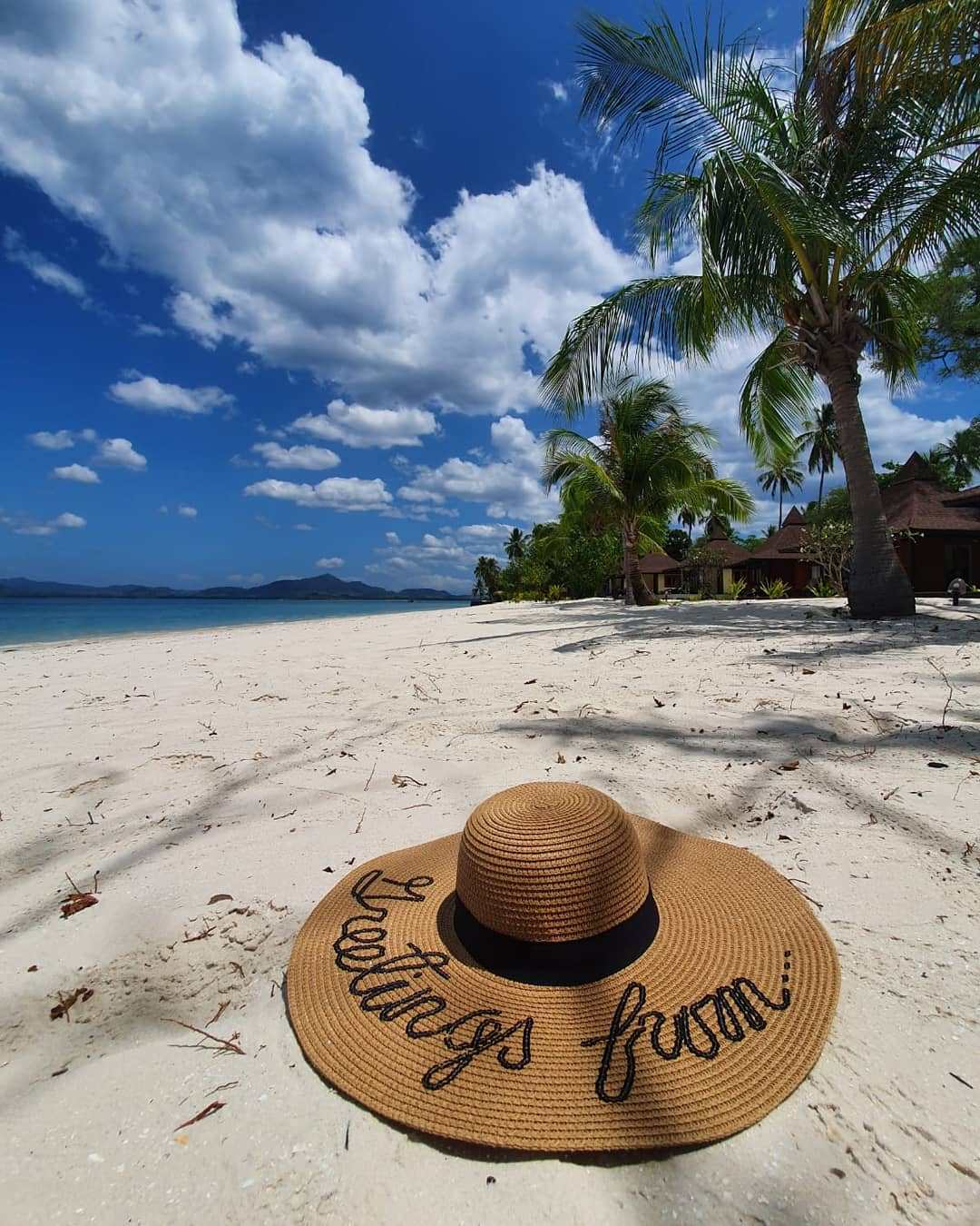 A hat on the beach of Koh Mook