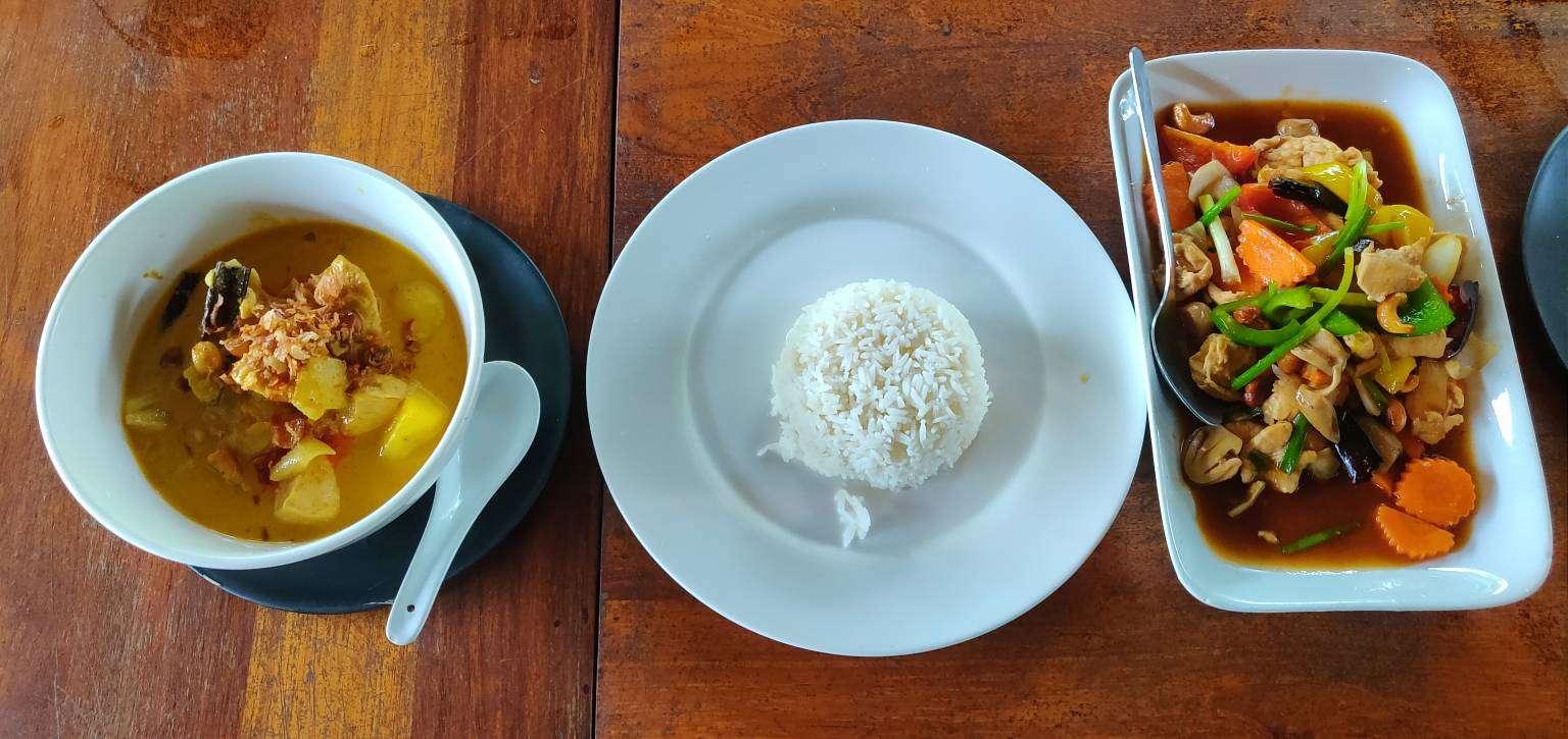 Thai food, chicken cashew and massaman with rice