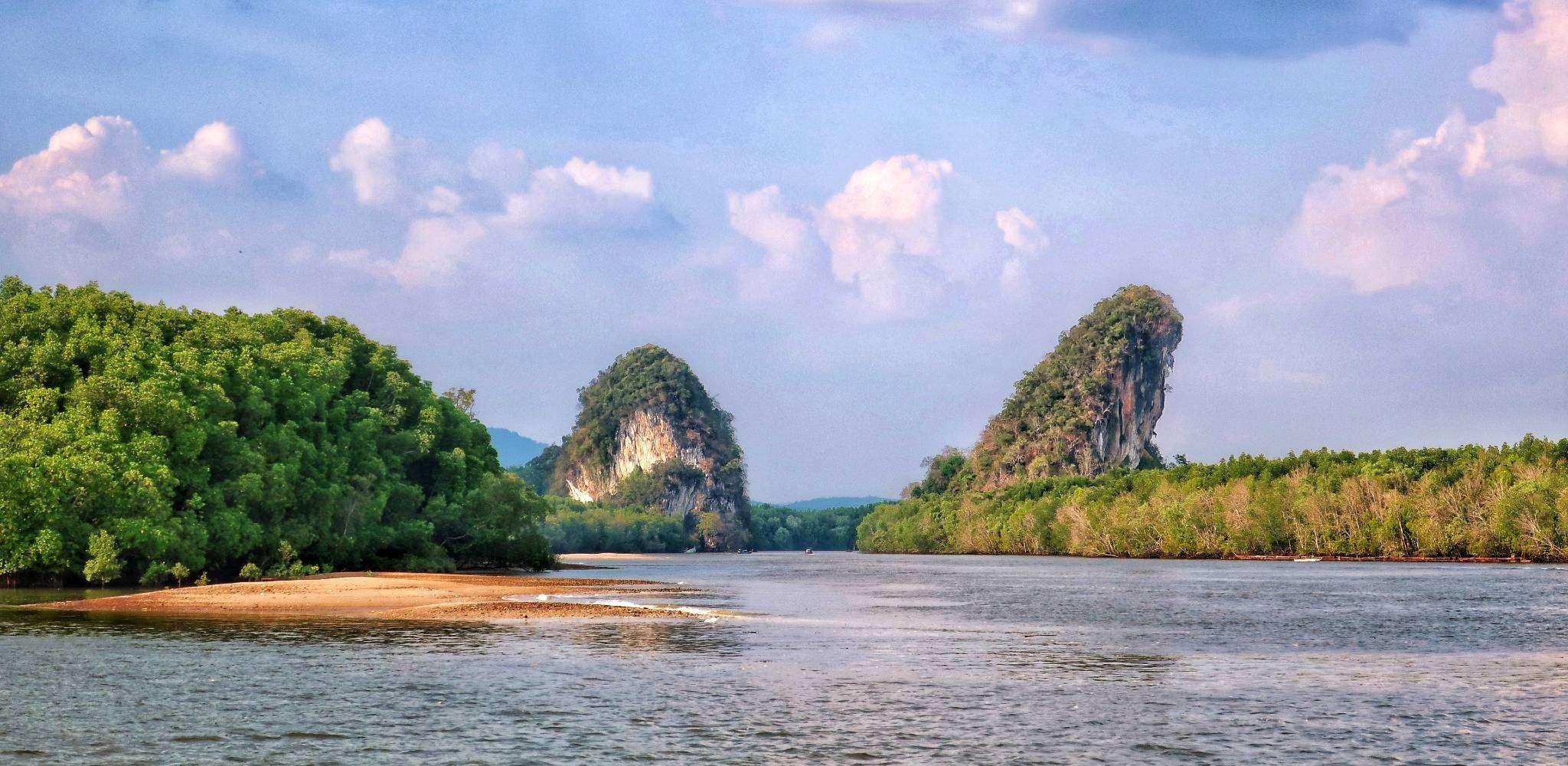 De Khao Khanap Nam Cave