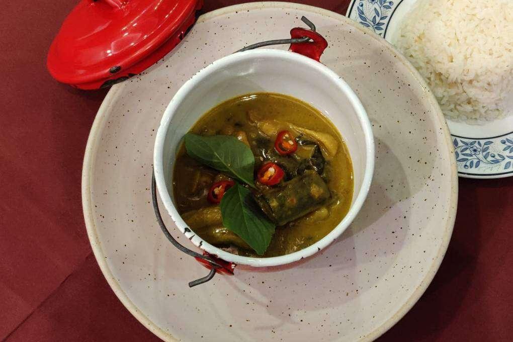 Thai Green Curry bij Bistro & Wine (een van de beste restaurants van Ao Nang)