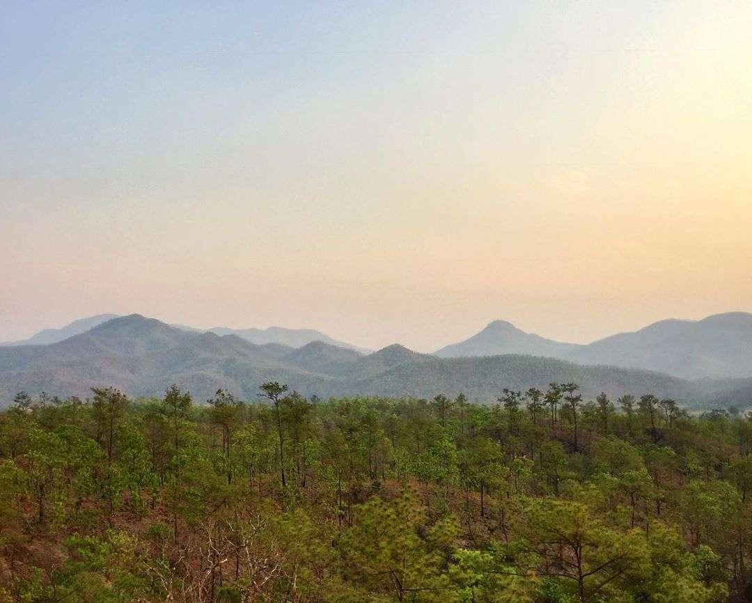 De bergen en heuvels van Pai en omstreken