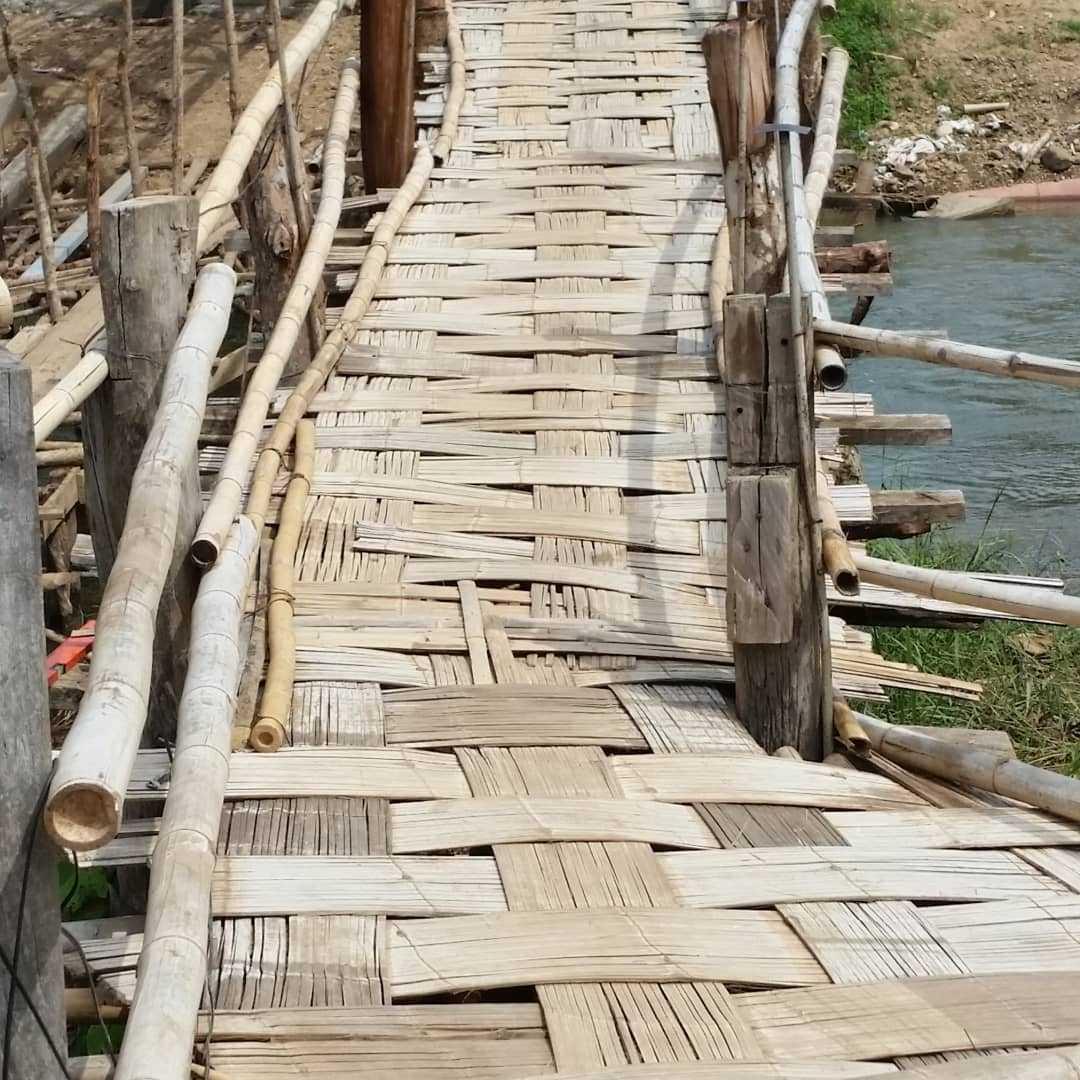 Gevlochten brug in Pai