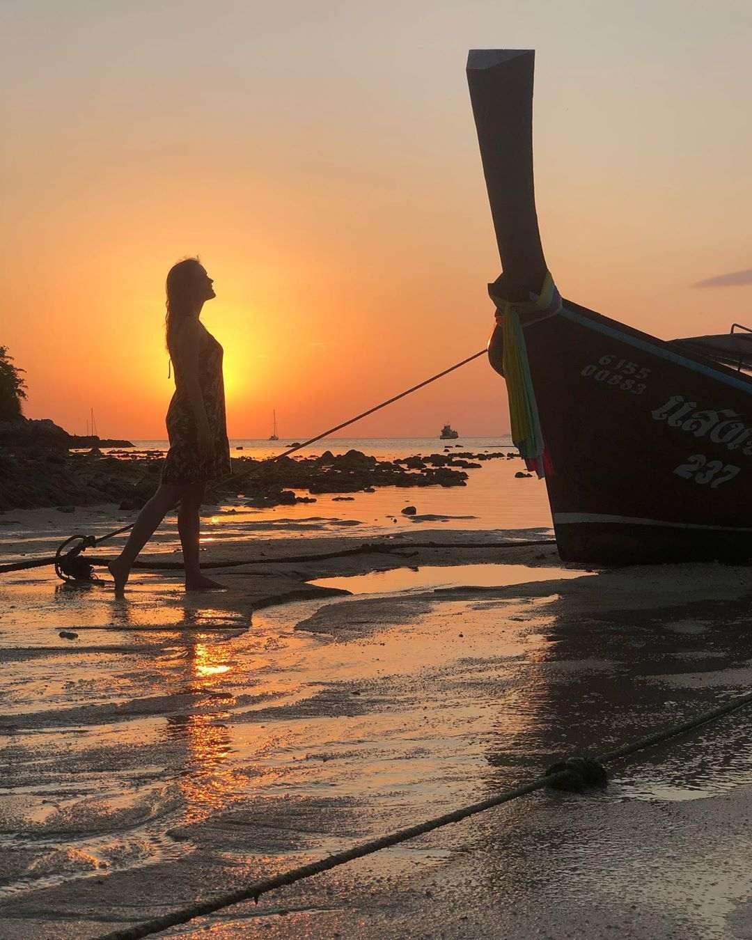Meisje met aura door de zon op Koh Lipe