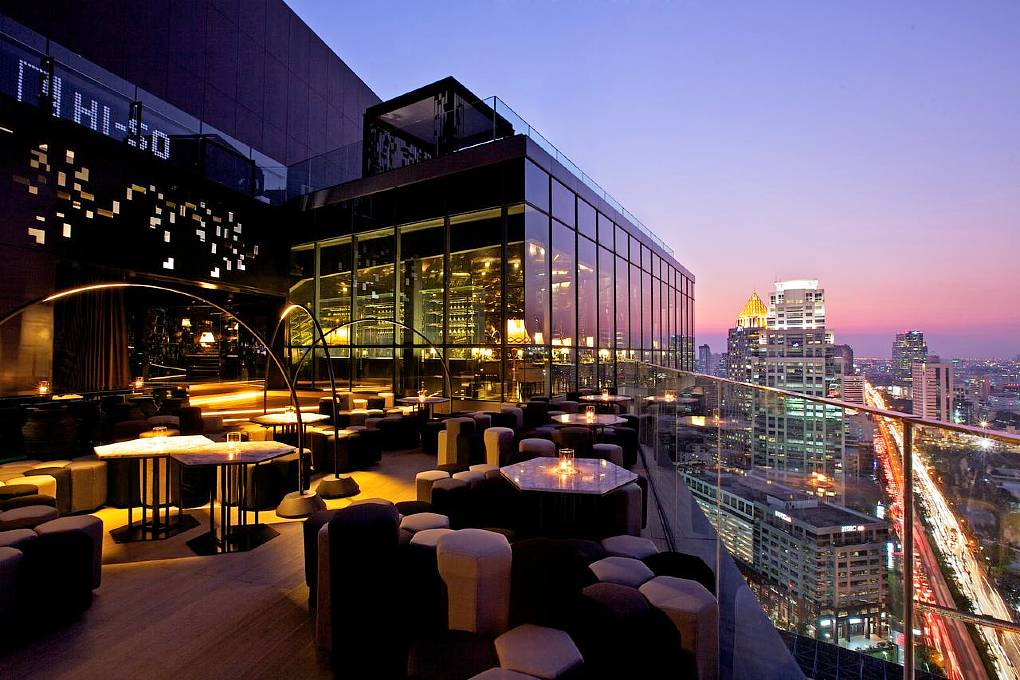 Hotel SO BANGKOK Silom - Terrace with luxury chairs overlooking Bangkok