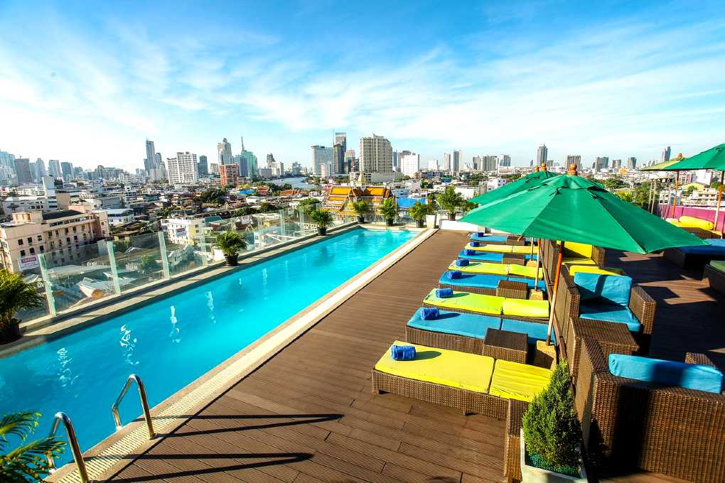Hotel with rooftop pool in Chinatown district, Bangkok