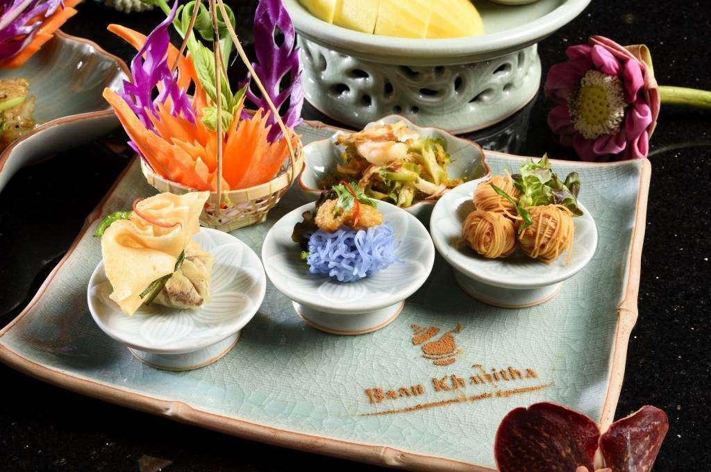 Appetizers on the Baan Khanitha Cruise in Bangkok