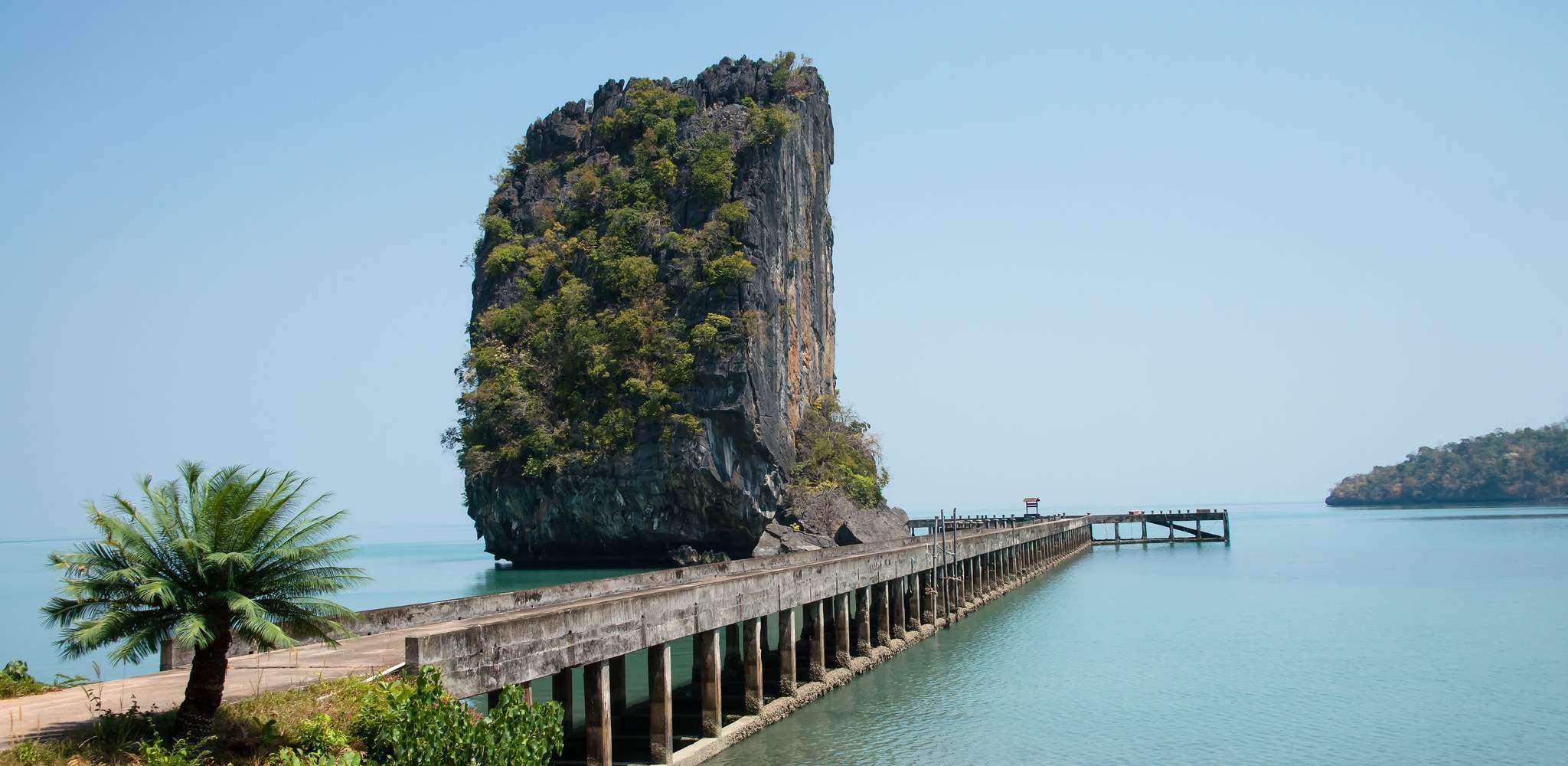 De pier op het eiland Koh Tarutao