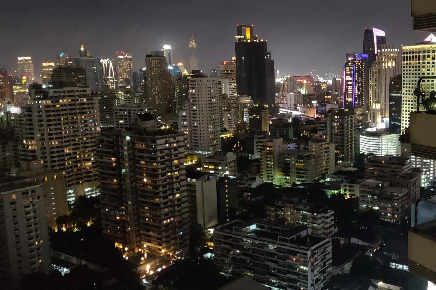 View from Long Table over the skyline of Bangkok in the dark