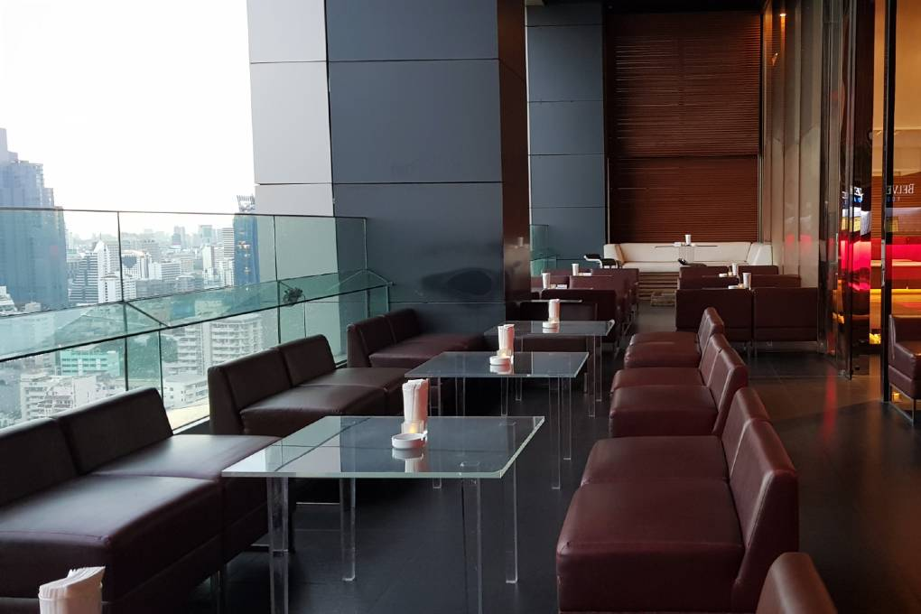 Lounge sofas on the terrace of Long Table