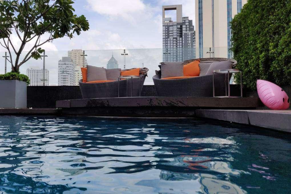 Het zwembad van The Westin Grande Sukhumvit in Bangkok